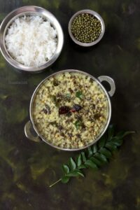 Kerala Cherupayar Curry / Sprouted Green Gram Curry
