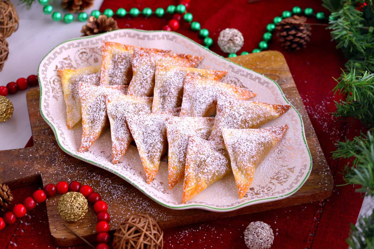 Baked Pumpkin Pie Wontons, easy holiday treats, baked dessert wontons, pumpkin pie wontons cream cheese