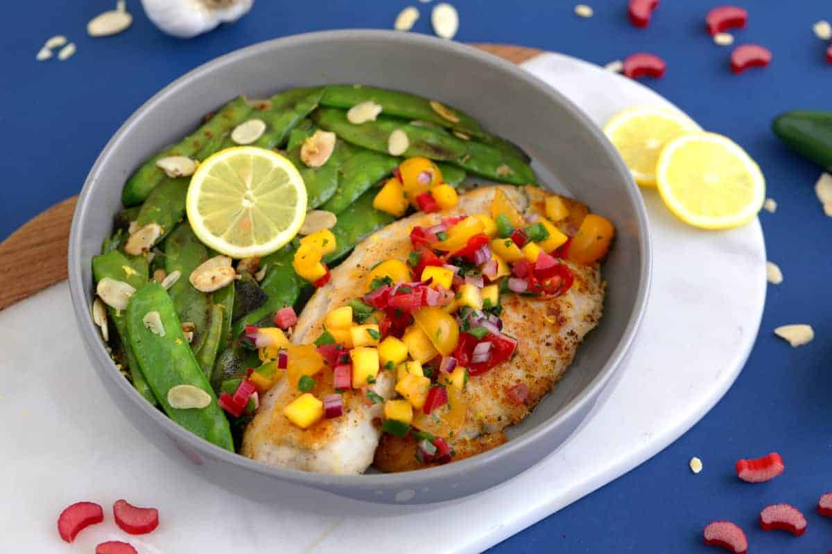 Almond crusted tilapia recipe, one skillet meals, almond parmesan crusted tilapia, how to cook tilapia, pan seared tilapia, one pan meals, healthy dinner ideas for two, tilapia dinner recipes for two, pan fried tilapia, healthy tilapia recipes