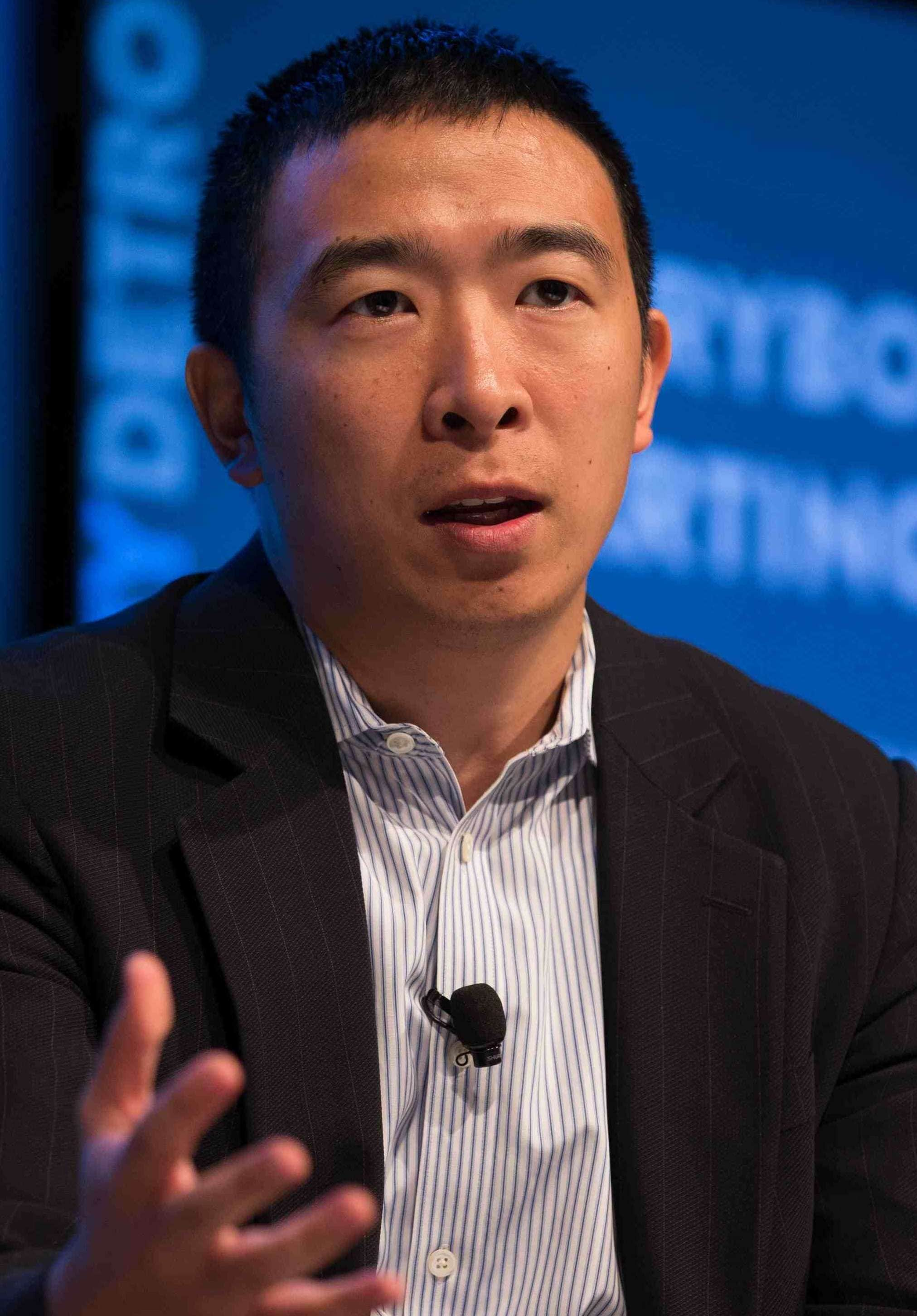 Andrew Yang discussing urban entrepreneurship at the Techonomy Conference 2015 in Detroit, MI on September 15, 2015. (Image Credit: Asa Mathat/Wikimedia Commons)
