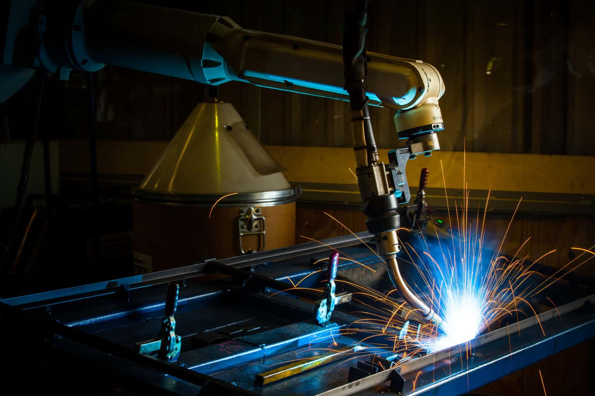 welding machine in high flux scene