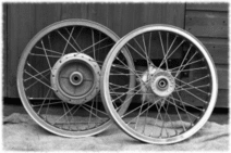 motorcycle-wheel-building