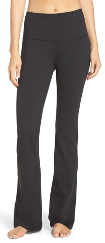 the most chosen stylish clothes of the year - Zella high waist pants | 40plusstyle.com