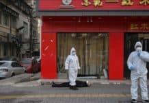 Giappone cadavere in strada