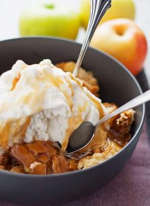 This apple cake sundae is a fun and easy fall dessert. Hot app
