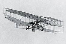 Imagen del avión de Alexander Graham Bell con alerón en el ala