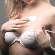 aanbrengen borstvergroting creme