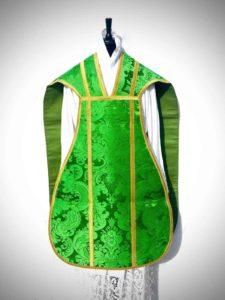 Pianeta in taglio francese di damasco verde - davanti - Fiducia Tantum