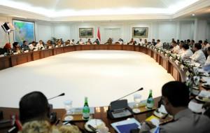 Suasana sidang paripurna Kabinet Kerja yang dipimpin Presiden Jokowi, di kantor Presiden, Jakarta, Rabu (24/12)