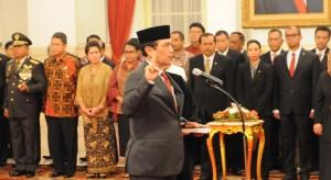 Jendral (Purn) Luhut Pandjaitan saat dilantik Presiden Jokwi sebagai Kepala Staf Kepresiden, di Istana Negara, Rabu (31/12) lalu