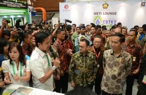 Presiden Jokowi saat membuka Pameran Indo Energi Baru dan Terbarukan dan Konservasi Energi (EBTKE) dan Indonesia International Geothermal Convention and Exhibition (IIGCE), di Jakarta Convention Center, Jakarta Pusat, Rabu (19/8) pagi.