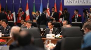Presiden Jokowi saat hadir dalam KTT G-20, di Antalya, Turki, Minggu (15/11) waktu setempat