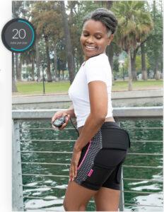 femme qui fait du sport avec son électrostimulateur