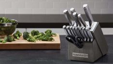 Calphalon Classic Self-Sharpening 15-Piece Knife Block Set