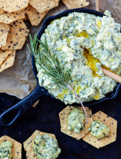 Rosemary White Bean Artichoke Spinach Dip - Easy Holiday Appetizer www.goodlifeeats.com