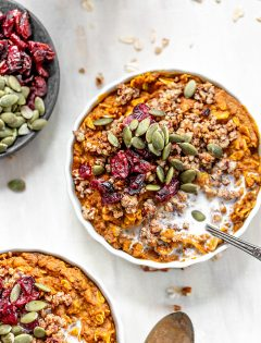 ramekin of pumpkin pie oatmeal