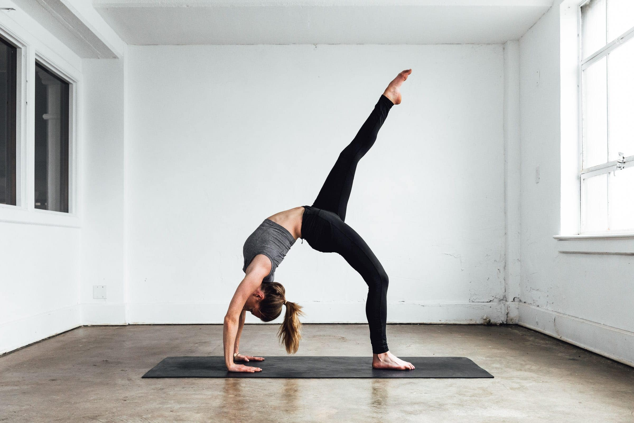 The Yoga Routine That Made Me Like Yoga - Broma Bakery