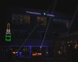 Laserprojectie op gebouw