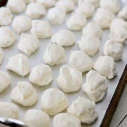 Easy Frozen Whipped Cream Dollops