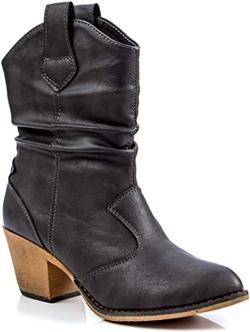 Charles Albert cowboy boots | 40plusstyle.com