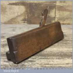 Unusual Vintage Moulding Plane With Makers Mark 4/6 - Looks To Be Reshaped