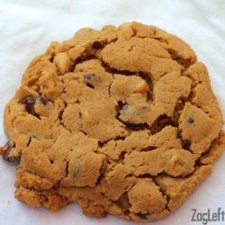 Large flourless peanut butter chocolate chip cookie - ZagLeft
