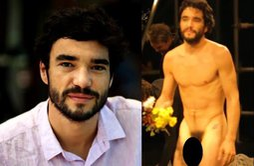 Caio Blat pelado na peça Teatral - Famosos nus