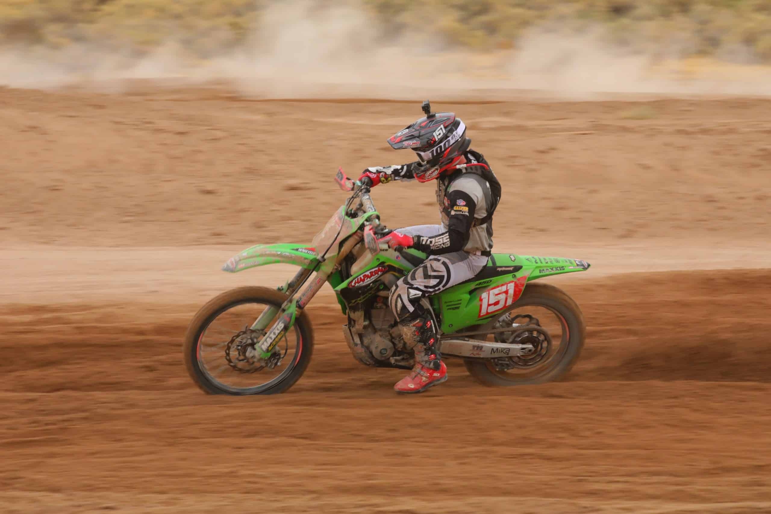 Clay Hengeveld riding his kx450 at the 2020 blythe worcs race