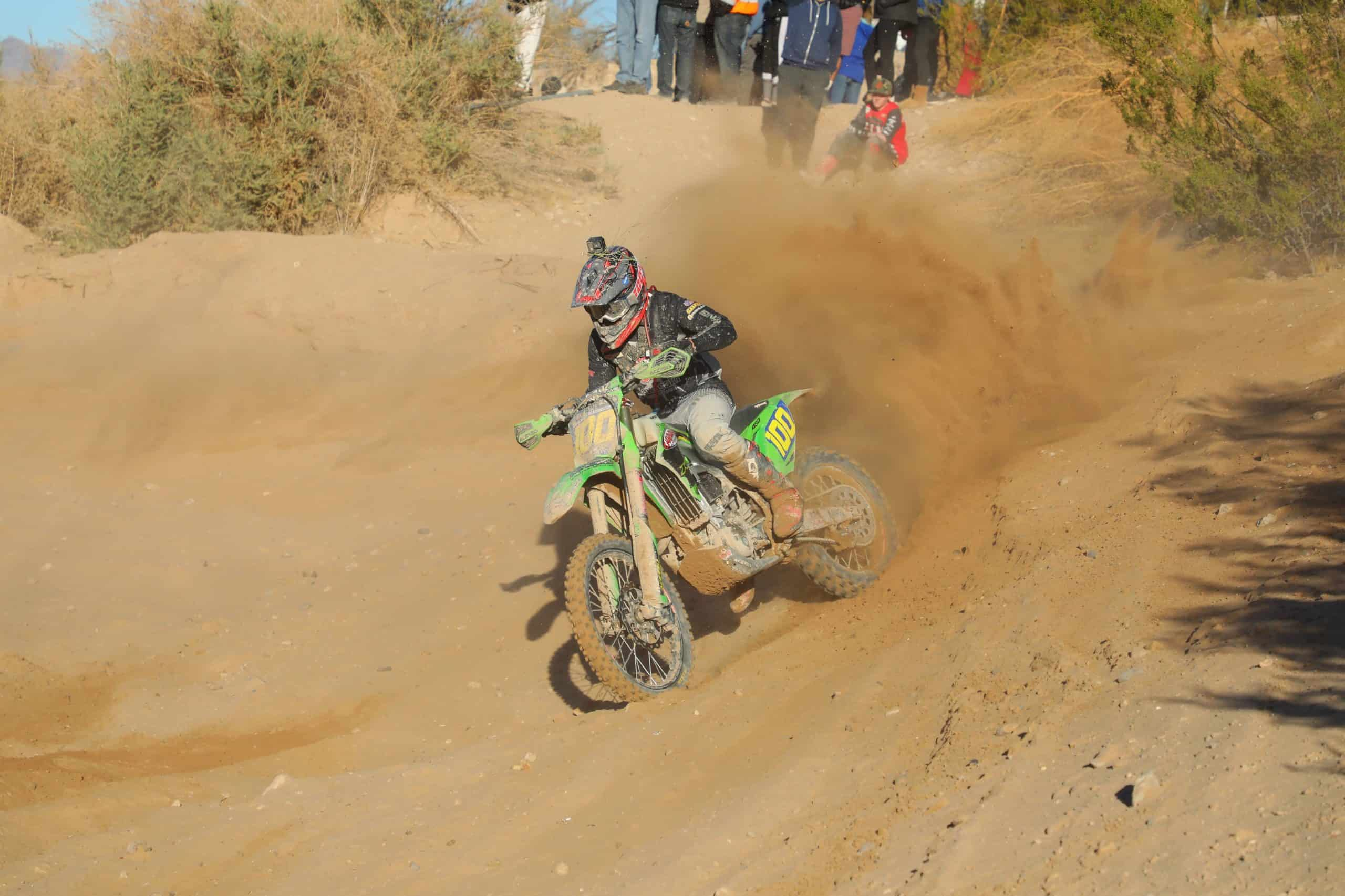 zach bell riding his kx450 at the 2020 havasu worcs