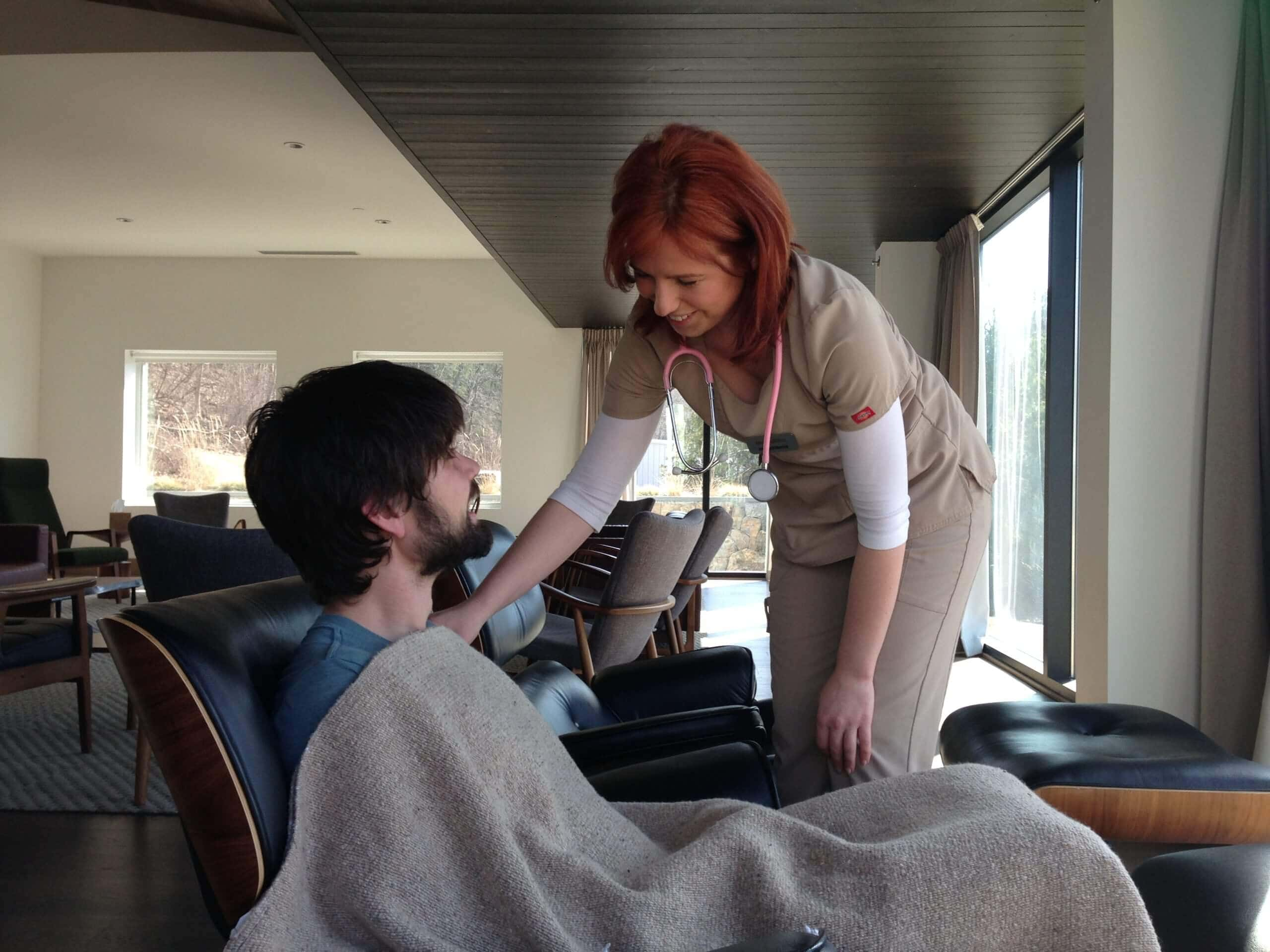 A nurse taking care of a client in the Mountainside Detox Program - Addiction Treatment Program