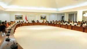 Presiden Jokowi pimpin Rapat Terbatas membahas Radikalisme dan Prolegnas di Kantor Presiden, Jakarta. (21/1) (Foto:Humas/Rahmat)