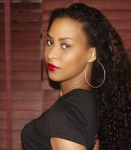 Graphiste Martinique Talentueuse qualifiée professionnelle la meilleure Ludivine Labridy