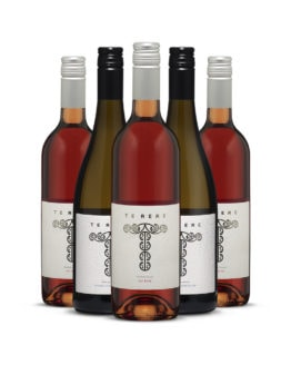 Te Rere Sauvignon Blanc and Rosé mixed dozen offer