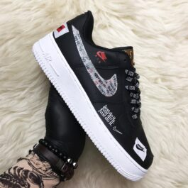 Кроссовки унисекс Nike Air Force 1 Just Do It Black and White