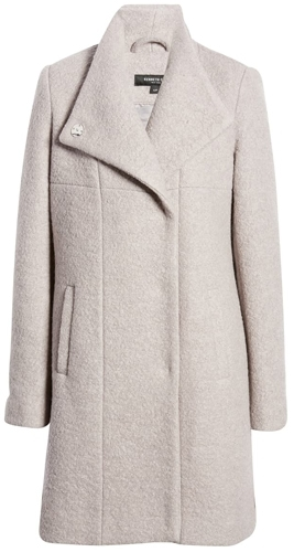 minimalist coats in the black Friday deals | 40plusstyle.com