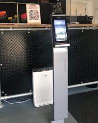 facial & temperature screening station