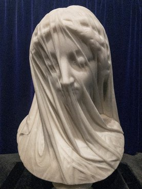 The veiled virgin, (Photo by Shhewitt - Own work, CC BY-SA 4.0, https://commons.wikimedia.org/w/index.php?curid=66749937).