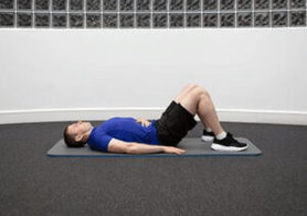 exercice de renforcement de la sangle abdominale avec électrostimulation abdos