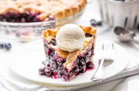 Blueberry Pie – an American classic!