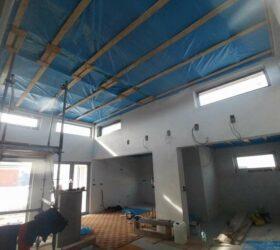Referencia fúkana izolácia sadrokartónového stropu