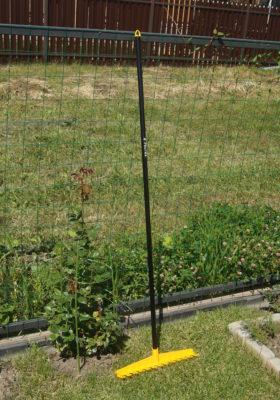 Грабли ПРОФИ в огороде