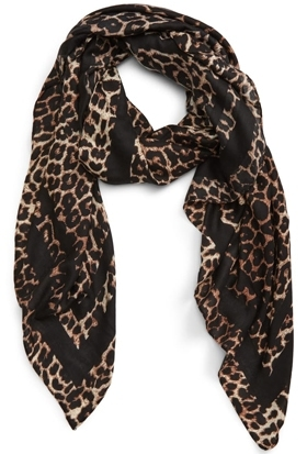 Christmas gift ideas for women: BP. leopard print scarf   40plusstyle.com