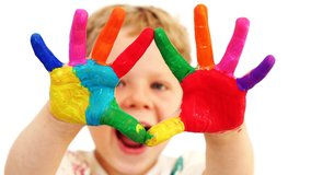Simple Crafts to Keep Toddler Hands Busy