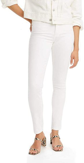 Levi's shaping skinny jeans | 40plusstyle.com