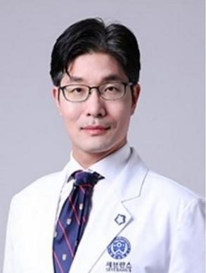 LI DZhE HUN - Ли Дже Хун