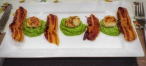 Scallops and pea puree