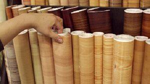 Erfahren Sie bei Tipp zum Bau, welche Kriterien für die Auswahl Ihres Linoleums entscheidend sind.