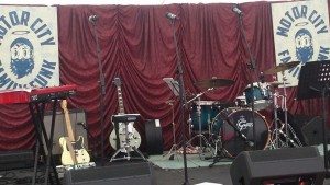 drape hire - backdrop and Band Backline for hire including drum kits and guitar amps.