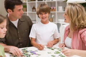 how do jigsaw puzzles help children's development