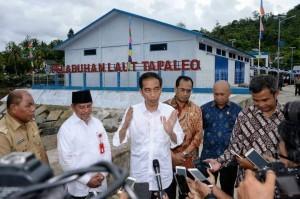 President Jokowi inaugurates the Tapaleo Seaport, Wayabuka Seaport, and Bicoli Port. The inauguration is centered in Central Halmahera.